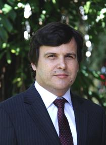 Dr. Rodrigo Carboni Méndez